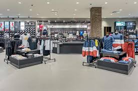 about house of hoops by foot locker paramus