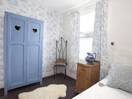 Shabby Chic White And Blue Blue And White Shabby Chic Bedrooms ...