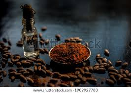 Food uses, body and skin care, household, and if you put your hot coffee in a blender, with the coconut oil and your favorite natural sweetener, and blend, you will be amazed at the rich creamy flavor. Shutterstock Puzzlepix