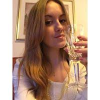 Robyn Lowe - Address, Phone Number, Public Records | Radaris