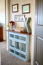 turn that pallet into something fabulous with this console table idea from kleinworth