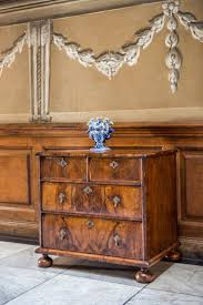 Queen Anne Style Bedroom Furniture 17 Best Ideas About Queen Anne Furniture On Pinterest Queen Anne