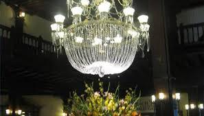 antique crystal chandelier at hotel del coronado in sango california