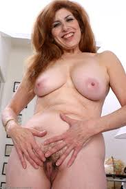Older naked women pictures gallerys