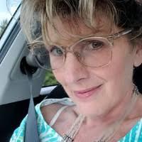 Myra Wood – Licensed Optician – Eyeglass World | LinkedIn