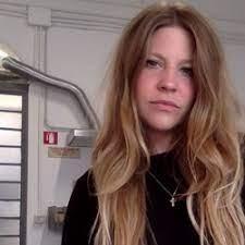 kellie riggs - Italian to English translator.