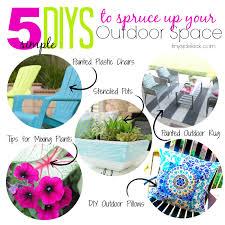 5 Simple DIYs to Spruce Up Your Outdoor Space via TinySidekick.com