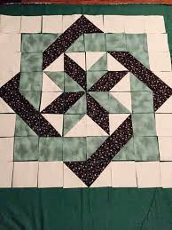 97 best quilt patterns images on Pinterest | Quilting patterns ... & Center block of Labyrinth by Debbie Maddy. Square PatternsQuilt ... Adamdwight.com