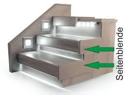 Treppen und aufstiege sind ein hervorragendes beispiel für die kombination von design und nutzbarkeit. Seitenblende Fur Offene Treppen Seitlicher Stufenabschluss