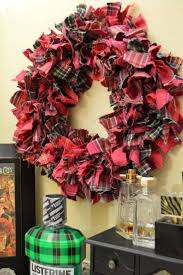 diy plaid rag wreath