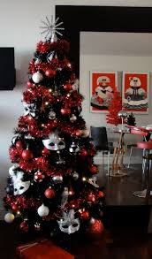 Black Christmas Tree Decorations, 2013 Black Christmas Tree Red Glitter  Decorations no masks though