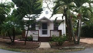 tiny house builders florida. Tiny Curbside Cottage. House In Naples, Florida. Builders Florida