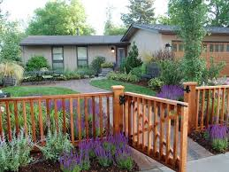 front yard fence. Best 25 Yard Fencing Ideas On Pinterest Fence Front L