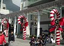 Large Candy Cane Decorations Candy Canes use pipe insulationpool noodle with wire for smaller 21