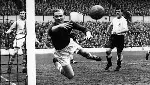 Trautmann broke his neck making the save, but played on. Bert Trautmann Remembering The Man City Legend As The Keeper Hits Uk Cinemas 90min