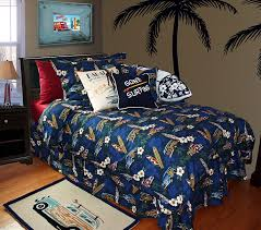 Amazon.com: Surf Duvet Set By Dean Miller -- Tradewind Trolly ... & Amazon.com: Surf Duvet Set By Dean Miller -- Tradewind Trolly Queen / Full Duvet  Cover w/ Pillowcases: Home & Kitchen Adamdwight.com
