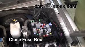 replace a fuse 2002 2009 chevrolet trailblazer 2005 chevrolet 2007 Chevy Trailblazer Fuse Box Diagram 6 replace cover secure the cover and test component 2007 chevy trailblazer fuse box location