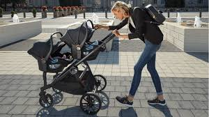 your city select lux comes with a single seat but we love that this stroller can also work with most infant car seats using their optional compatible car
