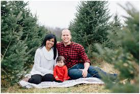 2014 Holiday Mini Sessions  Christmas Tree Farm  Mandy Ringe Christmas Tree Farm Family Photos
