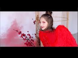 Елизавета Ерёмина. <b>Красками</b> разными: <b>белыми</b>, <b>красными</b>.