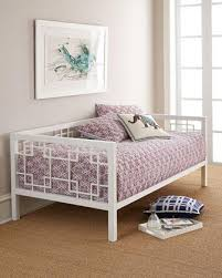 living spaces daybed. Exellent Living In Living Spaces Daybed C