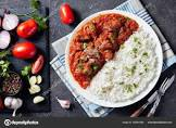 beef stew with tomatoes and rice