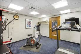 fitness exercise room quality inn lawrenceville