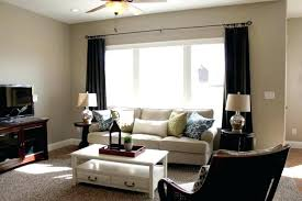 colors that go with taupe walls modern master bedroom