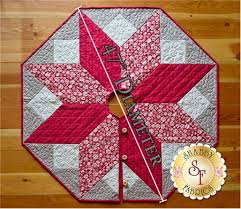Scandi Christmas Tree Skirt Pattern. click on thumbnail to zoom