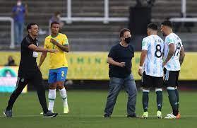 Dünya Kupası Elemeleri'nde Brezilya-Arjantin karşılaşması olaylar nedeniyle  durdu