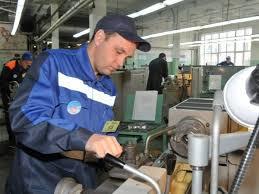 Рынок труда в Украине диплом меняют на станок