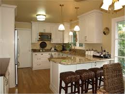 Small Kitchen With Peninsula Picture Of Simple Traditional Kitchen Design With Peninsula For