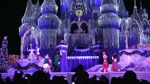 2011 Cinderella Castle Christmas Lighting at Magic Kingdom, Walt ...