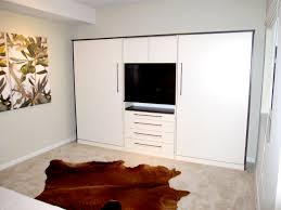White Varnished Solid Wood Murphy Bed With TV Stand And Drawers Usinf  Chrome Metal Bar Handle
