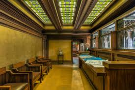The studio reception room of the Frank Lloyd Wright Home and Studio in Oak  Park, Illinois, Courtesy of Frank Lloyd Wright Trust. photographer: James  ...