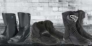the best motorcycle boots for beginners