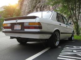 BMW 5 Series 1983 bmw 5 series : BMW 5 series 533i 1983   Auto images and Specification