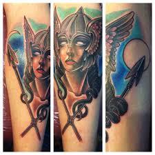татуировка валькирия значение фото и эскизы