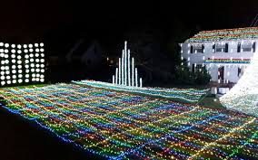luminaries spectacular lighting display. The Best Places To See Christmas Lights In Every State Luminaries Spectacular Lighting Display L