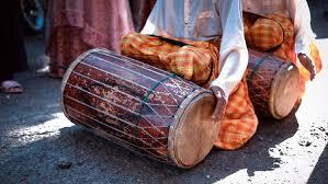 Ada gendang digunakan bagi tari menari dan ada 6 Alat Musik Tradisional Yang Dimainkan Dengan Dipukul