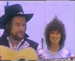 Waylon singing with dear Jessi. What Ever Gets You Through The Night |  Waylon jennings, Country music, Good music