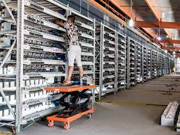 Bitcoin mining began as a well paid hobby for early adopters who had the chance to earn 50 btc every 10 minutes, mining from their bedrooms. Why The Biggest Bitcoin Mines Are In China Ieee Spectrum