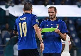 """شفاينشتايجر: """"كيليني وبونوتشي الأفضل في العالم"""" - Football Italia"""