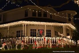 outdoor xmas lighting. Farmhouse Porch With Beautiful Christmas Lights Outdoor Xmas Lighting