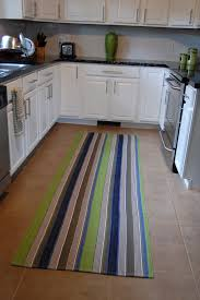 Rugs For Hardwood Floors In Kitchen Five Steps To Buy Kitchen Rugs According To Our Taste Rafael