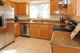 Medium Oak Kitchen Cabinets Oak Cabinets And Granite Like This Color Home Pinterest