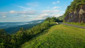 cold mountain essay reconciling family narrative textbook history  meanderthals foggy morning on the blue ridge parkway a photo essay foggy morning on the blue cold mountain