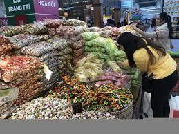Bánh kẹo Việt Nam bán theo cân ngập tràn siêu thị   Vĩ mô
