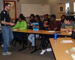how about a gold collar job green works in kansas city in our last green future class alex grigsby metropolitan community college talked to our students about gold collar jobs
