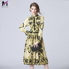 Designer Long Midi Dresses Us 28 96 40 Off Merchall 2019 Runway Designer Pleated Dress Womens Long Sleeve Vintage Floral Printed Long Sleeve Midi Dresses Party Vestido In
